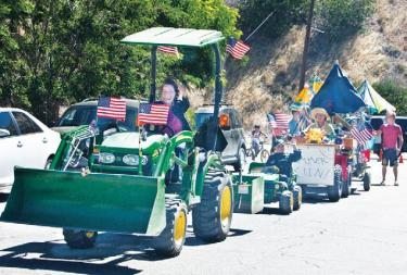 Rural Relics Parade & BBQ Rocks Three Points