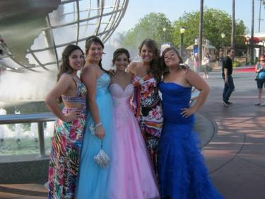 Jennie Aresco, Alex McCue, Danielle Culver, Ariel Hagelstein and Charlie Pivetti at Universal City Walk in front of the Universal City Sheraton for the FMHS Masquerade Ball Prom on May 6.[Braxton Jens photo]