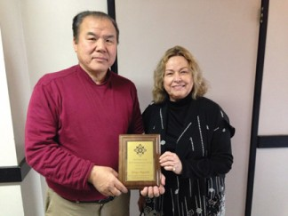 Shige Higashi with Ruth Handy [Jizo Peace Center Photo]