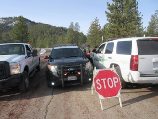 CHP, Kern County Sherrif's personnel and U.S. Forest Service were stationed at the Mt. Pinos Road checkpoint to make sure visitors' vehicles were properly equipped.