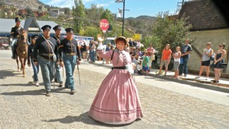 Fort Tejon Dragoons in the Fiesta Days Parade, Saturday, Aug. 3. [photo by Patric Hedlund]