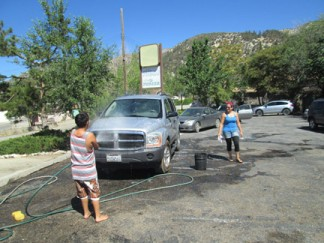 Get your car washed and help out with funeral expenses for Ben Grajeda's family. [photo by Gary Meyer]