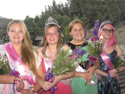 The 2014 Fiesta Days Queen and her court: (l-r) Princess Taylor Childs, Queen Janice Winter, Runner-up Jaqueline Kelly and Princess Katie Westover. [photo by Patric Hedlund]