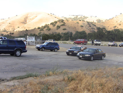 Lebec Oaks Road was closed and residents were being evacuated as crews arrived to fight the Lebec fire. [photo by Gary Meyer]