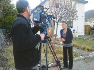 Tara Sherk of Lake of the Woods in (right) Ann Curry Reports: Year of the Extremes, which aired nationally on Sunday, April 6, linking LOW water woes and California's drought and firestorms with global climate change. [NBC photo]