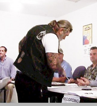 (center) The man who attended the August 22 meeting of Oso Town Council and with whom Los Angeles County Sheriff's detectives would like to speak. [photo by Gary Meyer]